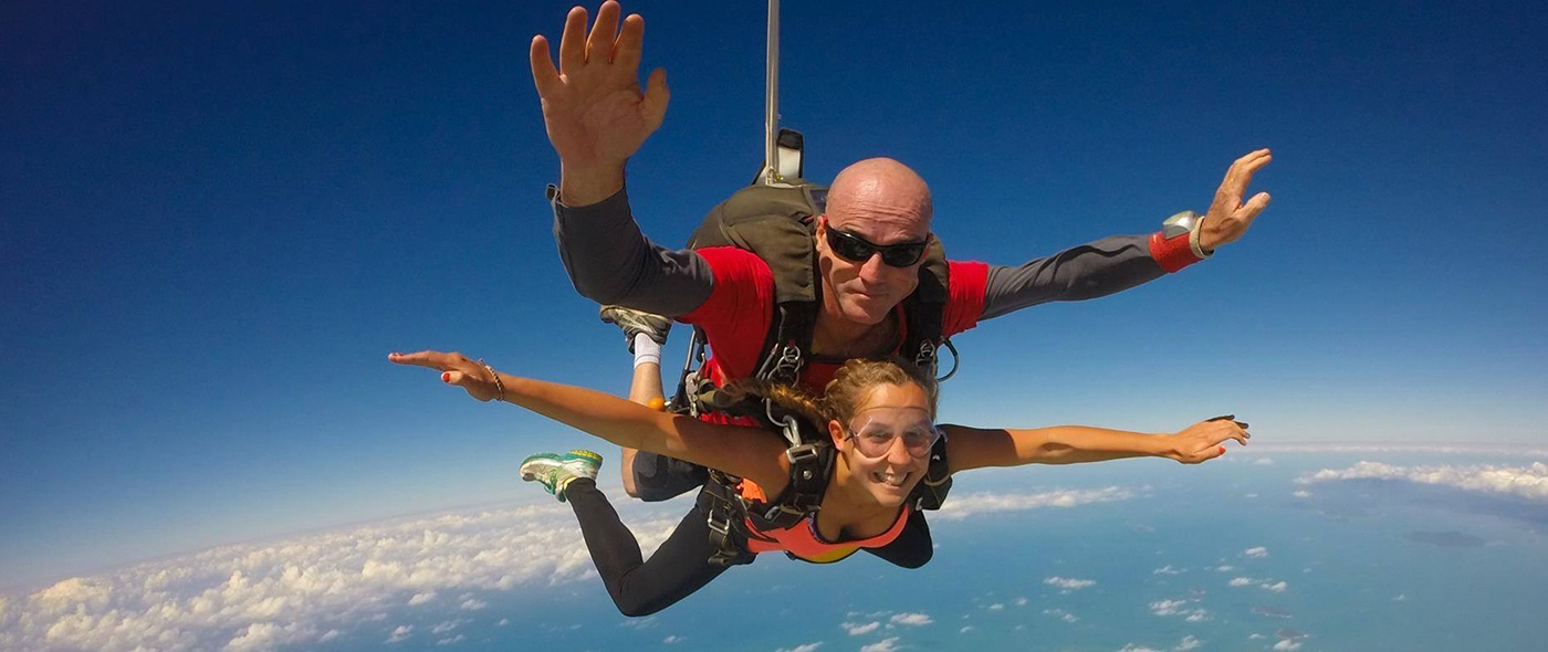 tandem-skydive-mission-beach-australia-cairns 2